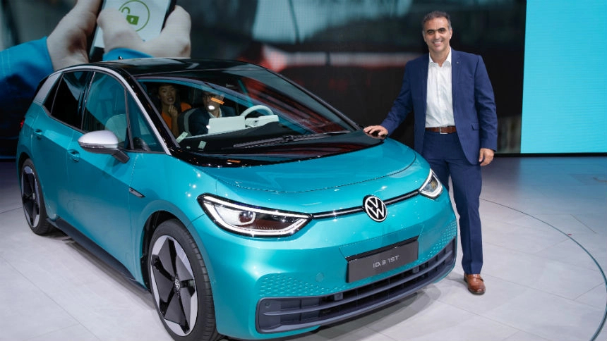 Volkswagen vai vender carro de porta em porta